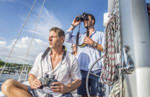 Best Whale Watching And Ocean Viewing Binoculars