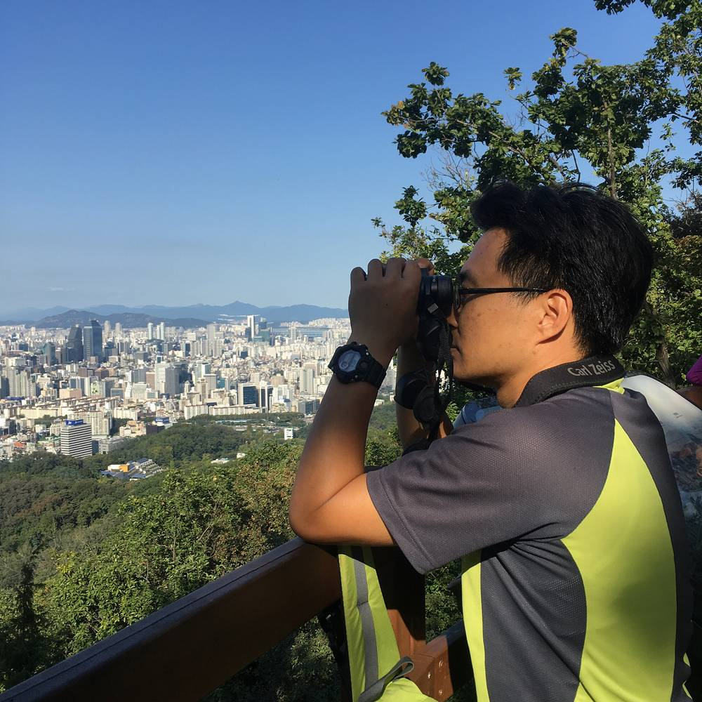 Binoculars for who wear eyeglasses